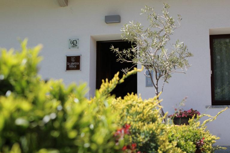 ingresso-pietra-felice-primavera
